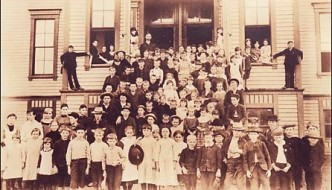 Central School in Puyallup (History)