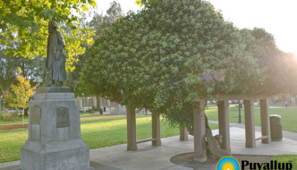 Ezra Meeker Statue & Cabin in Pioneer Park