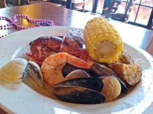 bourbon-street-bar-and-grill-seafood-boil-480x360e