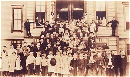 Central School class photo in Puyallup
