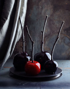 spooky-apples