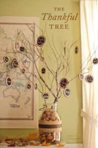 Thanksgiving tree decoration