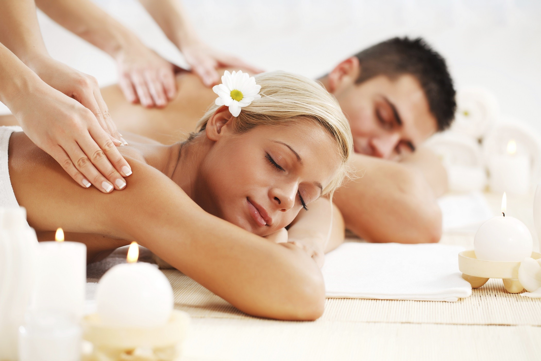 Valentine's Day couples massage
